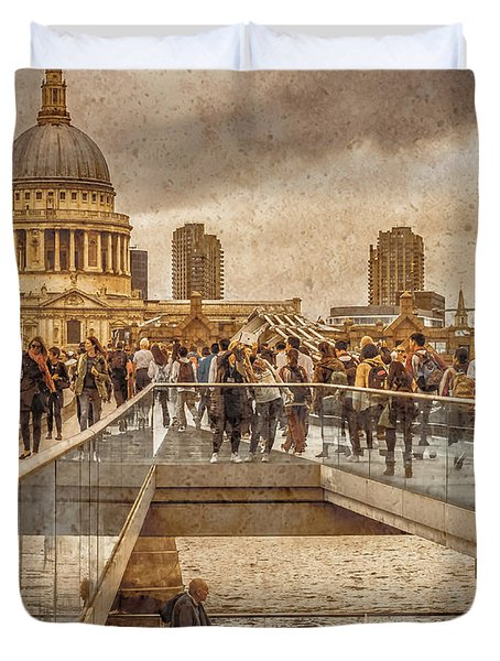 London, England - Millennium Bridge II Duvet Cover