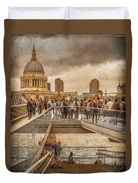London, England - Millennium Bridge II Duvet Cover