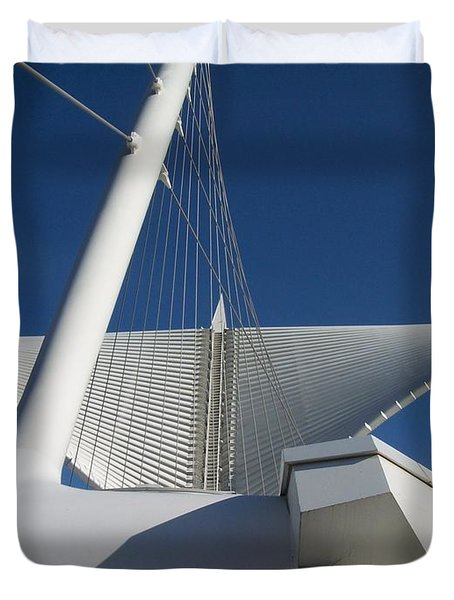 Milwaukee Art Museum Cropped Duvet Cover