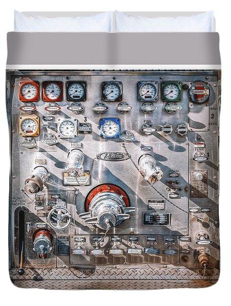 Milwaukee Fire Department Engine 27 Duvet Cover