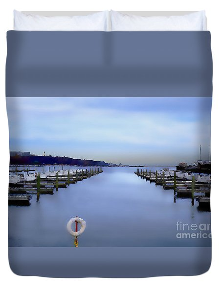 Milwaukee Marina November 2015 Duvet Cover by David Blank