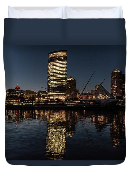 Duvet Cover featuring the photograph Milwaukee Reflections by Randy Scherkenbach