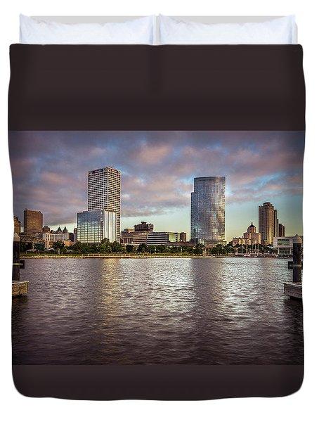 Milwaukee Skyline Duvet Cover