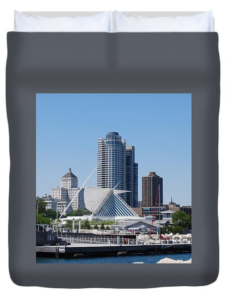 Duvet Cover featuring the photograph Milwaukee, Wi Shoreline by Ramona Whiteaker