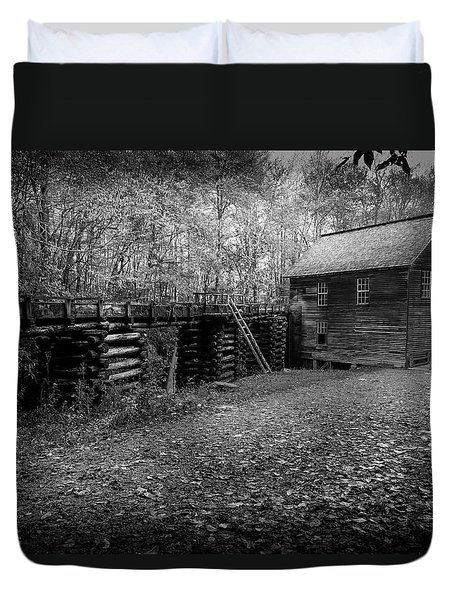 Mingus Mill Black And White Duvet Cover