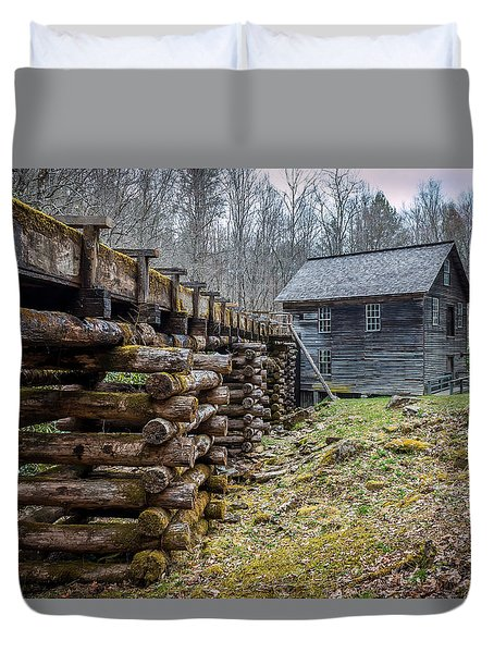 Mingus Millrace And Mill In Late Winter Duvet Cover