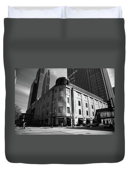 Duvet Cover featuring the photograph Minneapolis Downtown Bw by Frank Romeo
