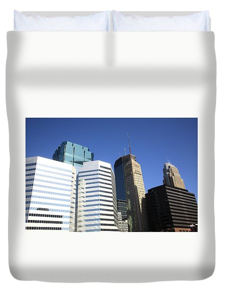 Duvet Cover featuring the photograph Minneapolis Skyscrapers 11 by Frank Romeo