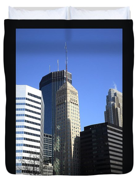 Duvet Cover featuring the photograph Minneapolis Skyscrapers 12 by Frank Romeo