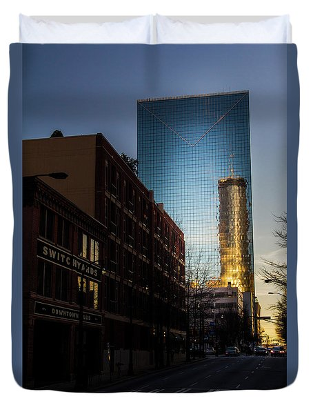 Mirror Reflection Of Peachtree Plaza Duvet Cover