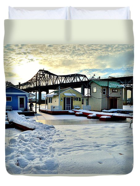 Mississippi River Boathouses Duvet Cover