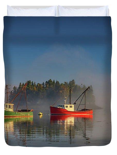 Misty Morning On Johnson Bay Duvet Cover