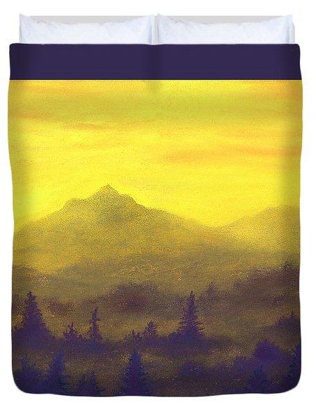 Misty Mountain Gold 01 Duvet Cover