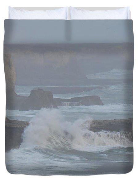 Misty Pacific Cliffs Duvet Cover