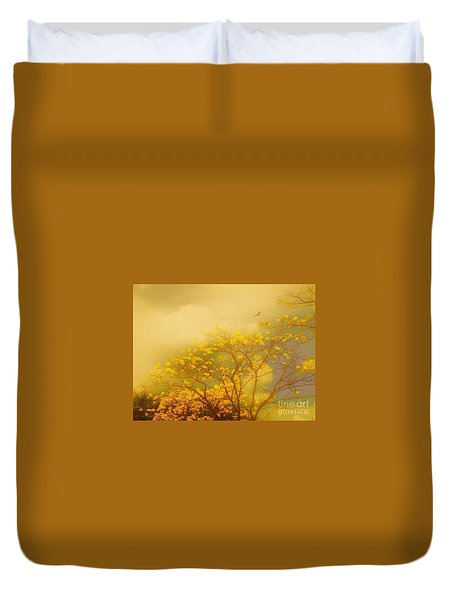Misty Yellow Hue -poui Duvet Cover