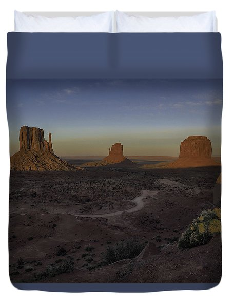 Mittens Morning Greeting Duvet Cover by Rob Wilson