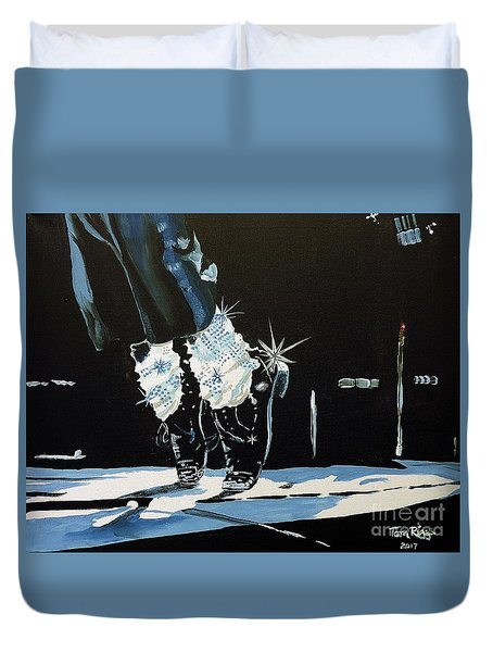 Duvet Cover featuring the painting Mj On His Toes by Tom Riggs