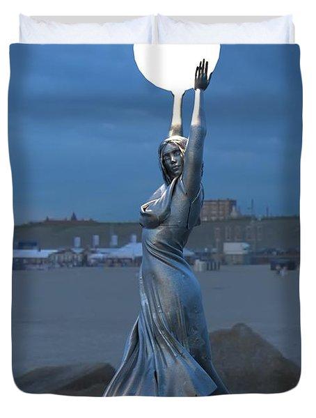 Modernist Lamppost At Night Duvet Cover