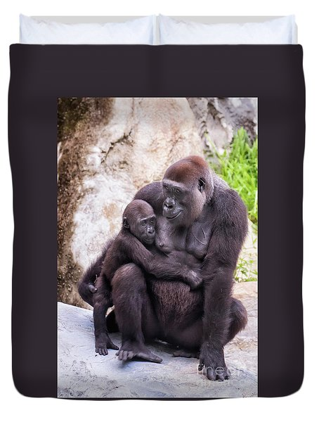 Mom And Baby Gorilla Sitting Duvet Cover by Stephanie Hayes
