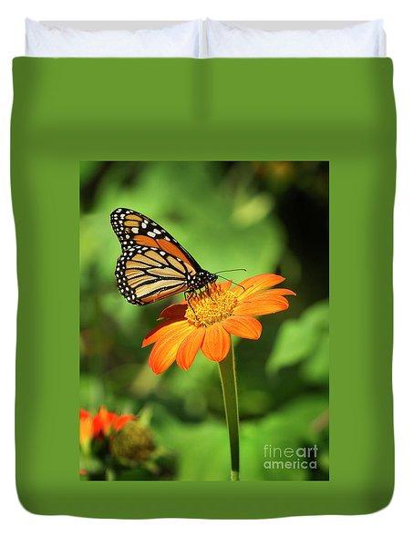 Monarch Butterfly II Vertical Duvet Cover