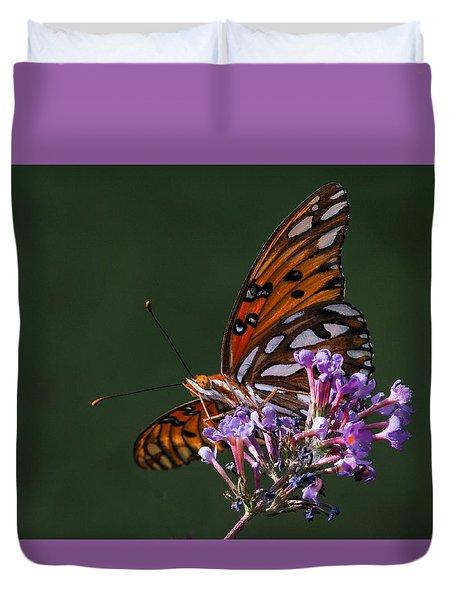 Monarch Butterfly On A Butterfly Bush Duvet Cover