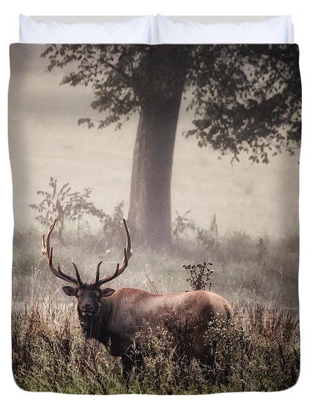 Duvet Cover featuring the photograph Monarch In The Mist by Michael Dougherty
