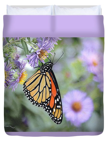 Monarch On New England Aster Duvet Cover