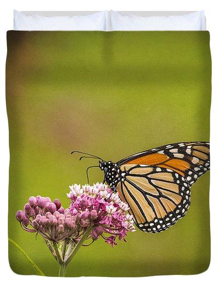 Monarch On Swamp Milkweed 2014-2 Duvet Cover