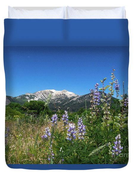 Mammoth Meadow   Duvet Cover