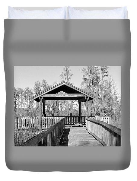 Monochrome Osprey Overlook Shelter Duvet Cover