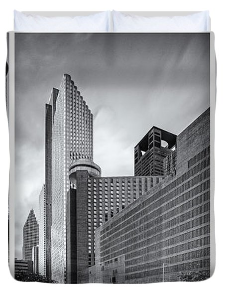 Monochrome Triptych Of Downtown Houston Buildings - Harris County Texas Duvet Cover