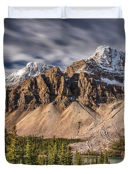 Mont Crowfoot On The Icefield Parkway Duvet Cover