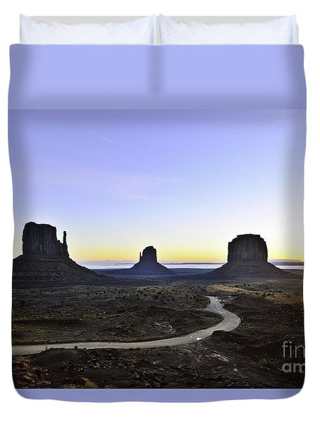 Monument Valley At Sunrise Duvet Cover