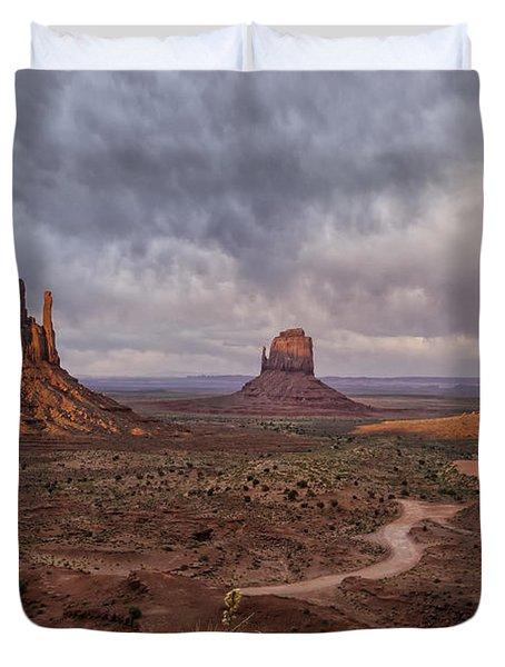 Monument Valley Mittens Az Dsc03662 Duvet Cover