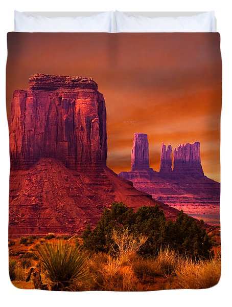 Monument Valley Sunset Duvet Cover by Harry Spitz