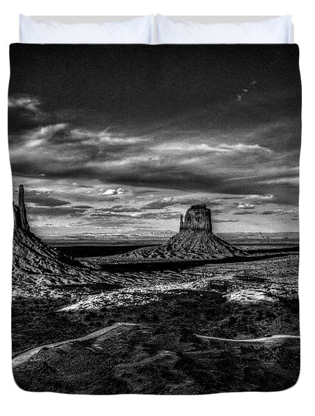 Monument Valley Views Bw Duvet Cover