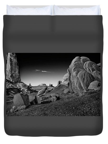 Monument Valley Rock Formations Duvet Cover