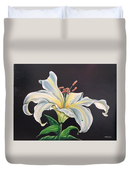Moon Light Lilly Duvet Cover