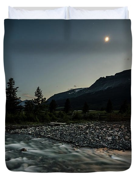Moon Over Montana Duvet Cover