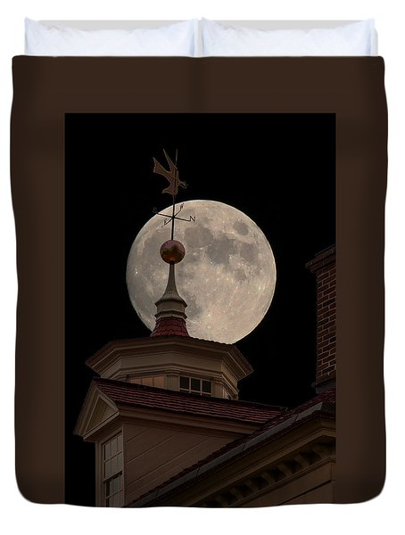 Moon Over Mount Vernon Duvet Cover