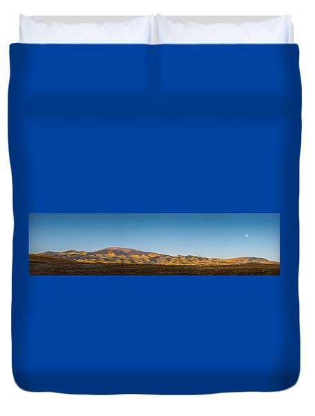Moon Over Pintada Mountain At Sunrise In The San Juan Mountains, Duvet Cover