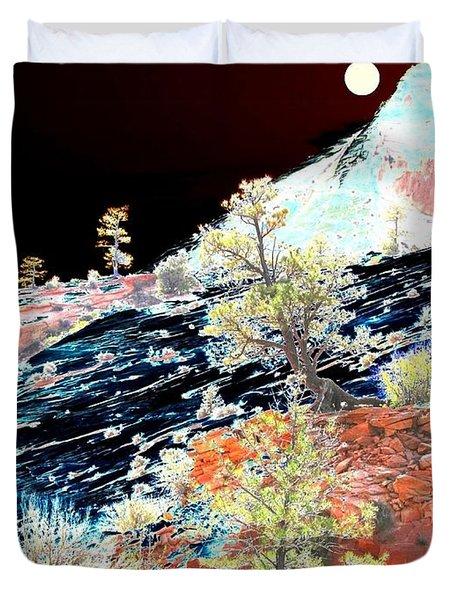 Moon Over Utah Duvet Cover
