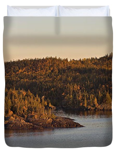 Moon Rise Over Pukaskwa Duvet Cover