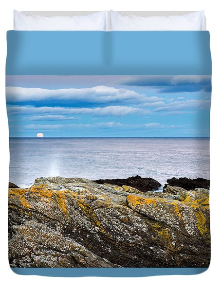 Duvet Cover featuring the photograph Moon Rising Over Sea At Portlethen, Scotland by Ian Middleton