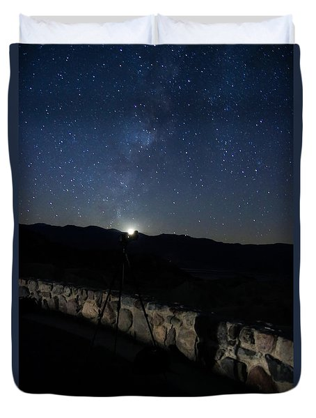 Moon Setting Under The Milky Way Duvet Cover