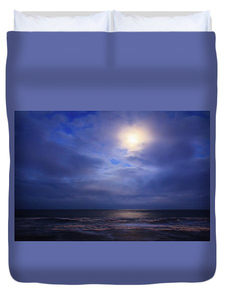 Moonlight On The Ocean At Hatteras Duvet Cover