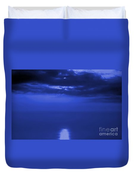 Moonlight Reflecting In The Sea Duvet Cover