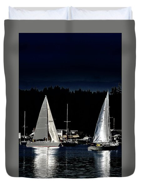 Duvet Cover featuring the photograph Moonlight Sailing by David Patterson