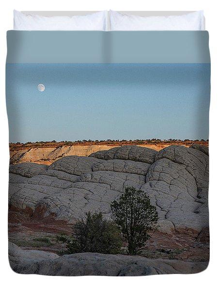 Moonrise At Sunset Duvet Cover