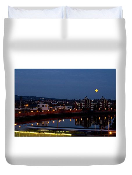 Moonrise In Belfast Duvet Cover